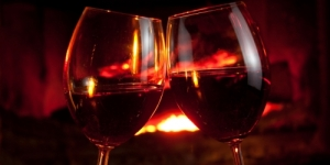 Wine_by_the_fire_500_250_c1
